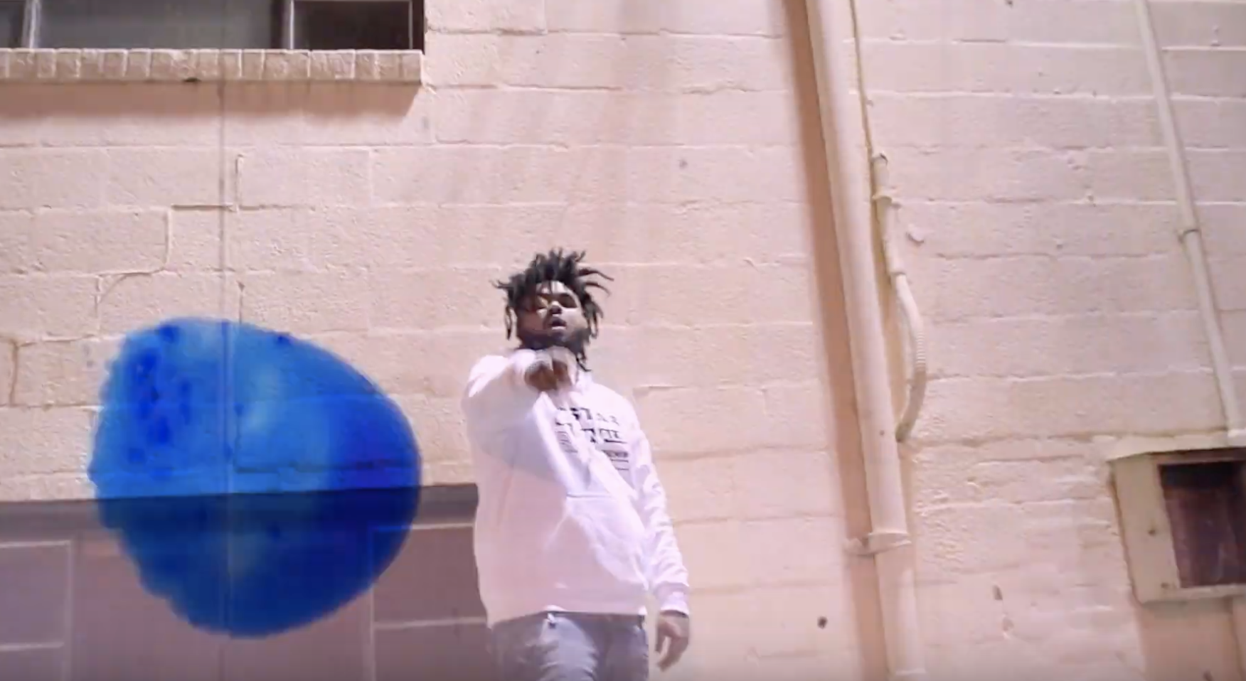 "Lil Zay – ""Freestyle Shxt"" (Video)"