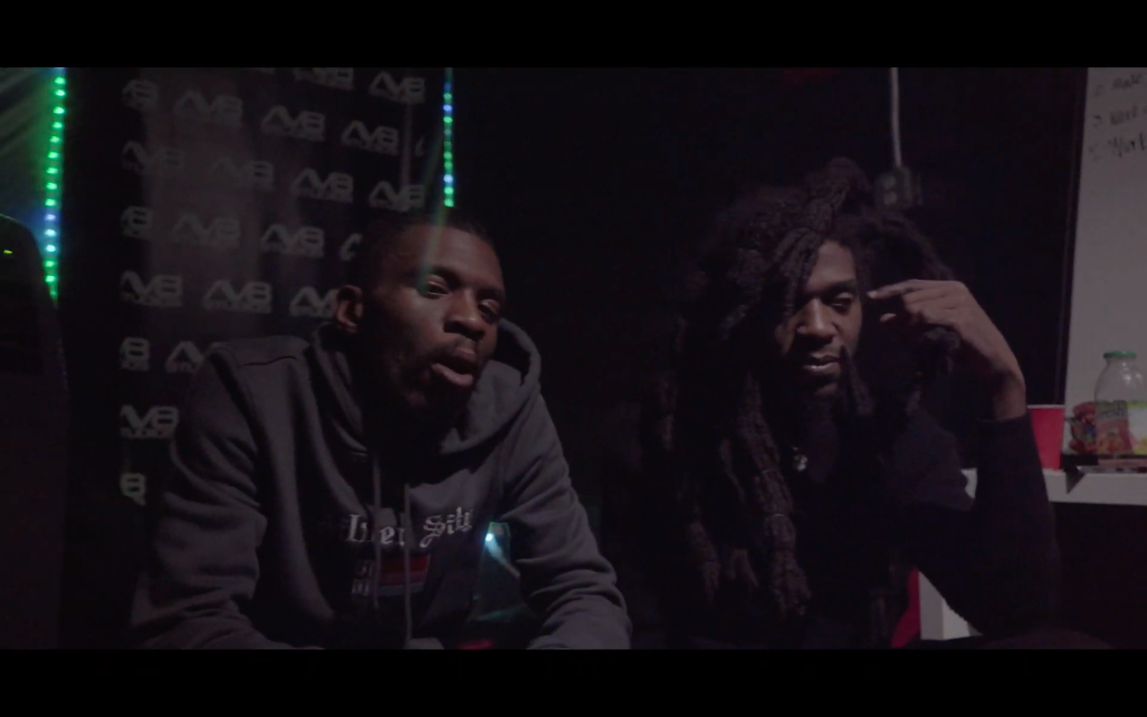 """Covaboy – """"Smile More"""" (Video)"""